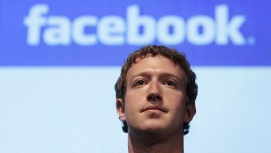democrazia facebook