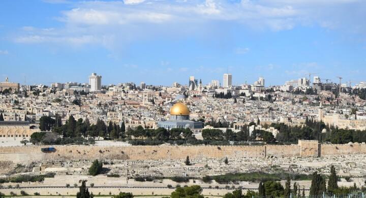 Biden chiama Bibi e i palestinesi riprendono il dialogo con Israele