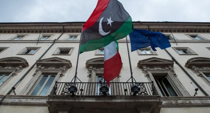 Cosa si agita dietro le quinte della conferenza di Palermo sulla Libia. Parla Indelicato