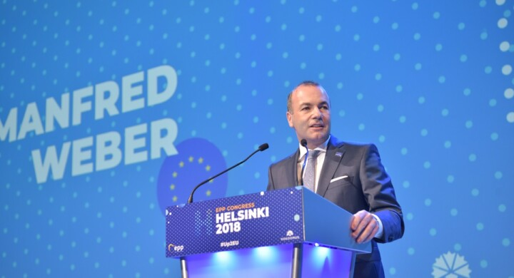 Salvini no, Draghi sì. Weber (Ppe) loda il sovranismo vaccinale