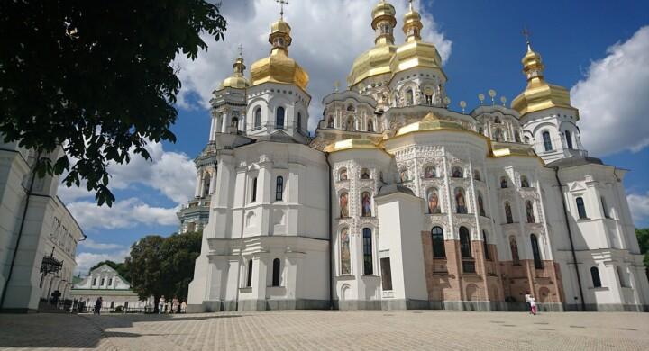 Chiesa ucraina, se il patriarcato di Mosca arriva agli insulti