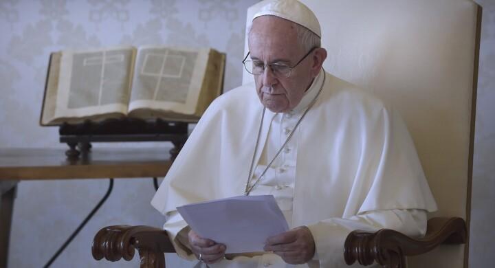 Così Bergoglio spiega ai gesuiti come combattere il clima d'odio