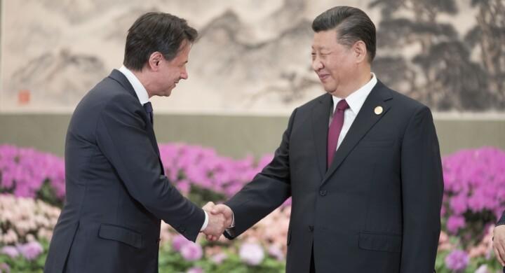 Conte in Cina? Ecco la risposta americana (cartellino rosso)