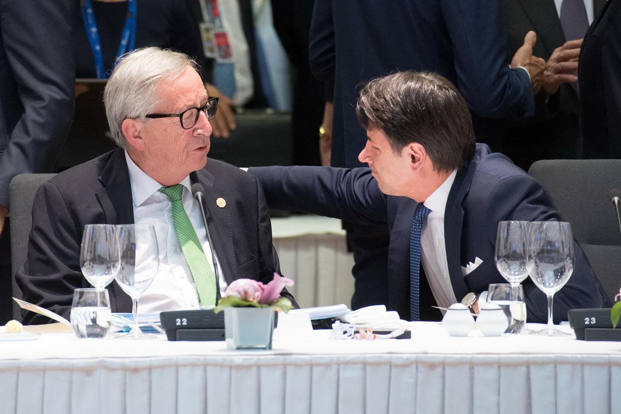 Juncker come Conte e Tria, ma qualcuno a Roma vuole la procedura d'infrazione
