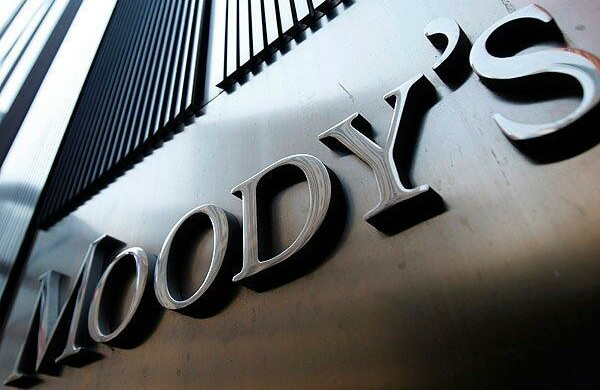Moody's benedice il Conte 2 ma sul debito vede nero