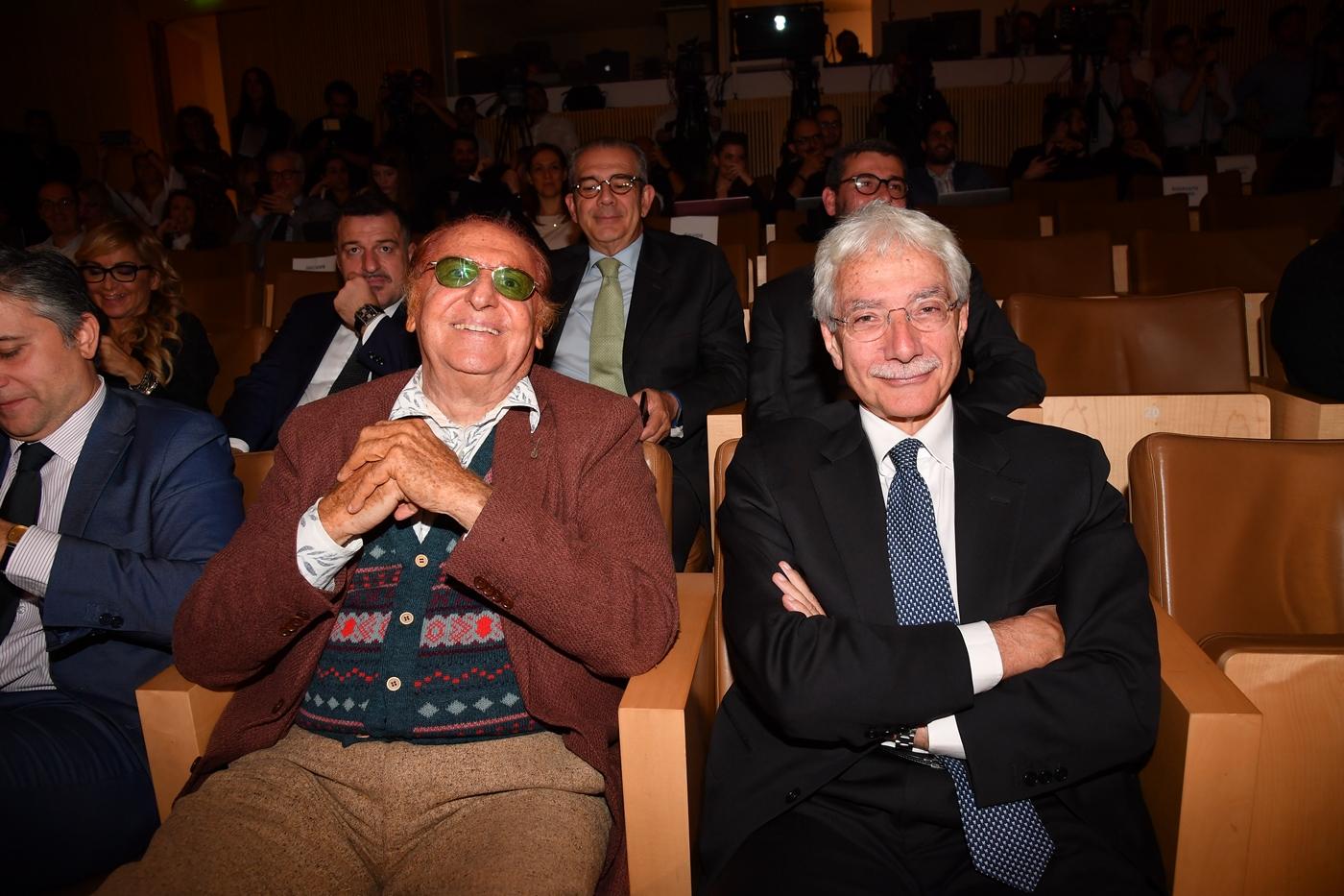 Lamorgese in Libia (con Caravelli). Immigrazione e terrorismo in cima all'agenda