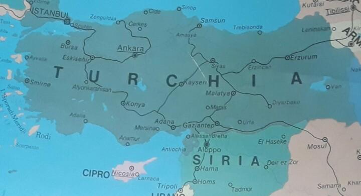 L'AGGRESSIONE BRUTALE E L'INVASIONE DELLA TURCHIA IN SIRIA  VIOLA IL DIRITTO INTERNAZIONALE