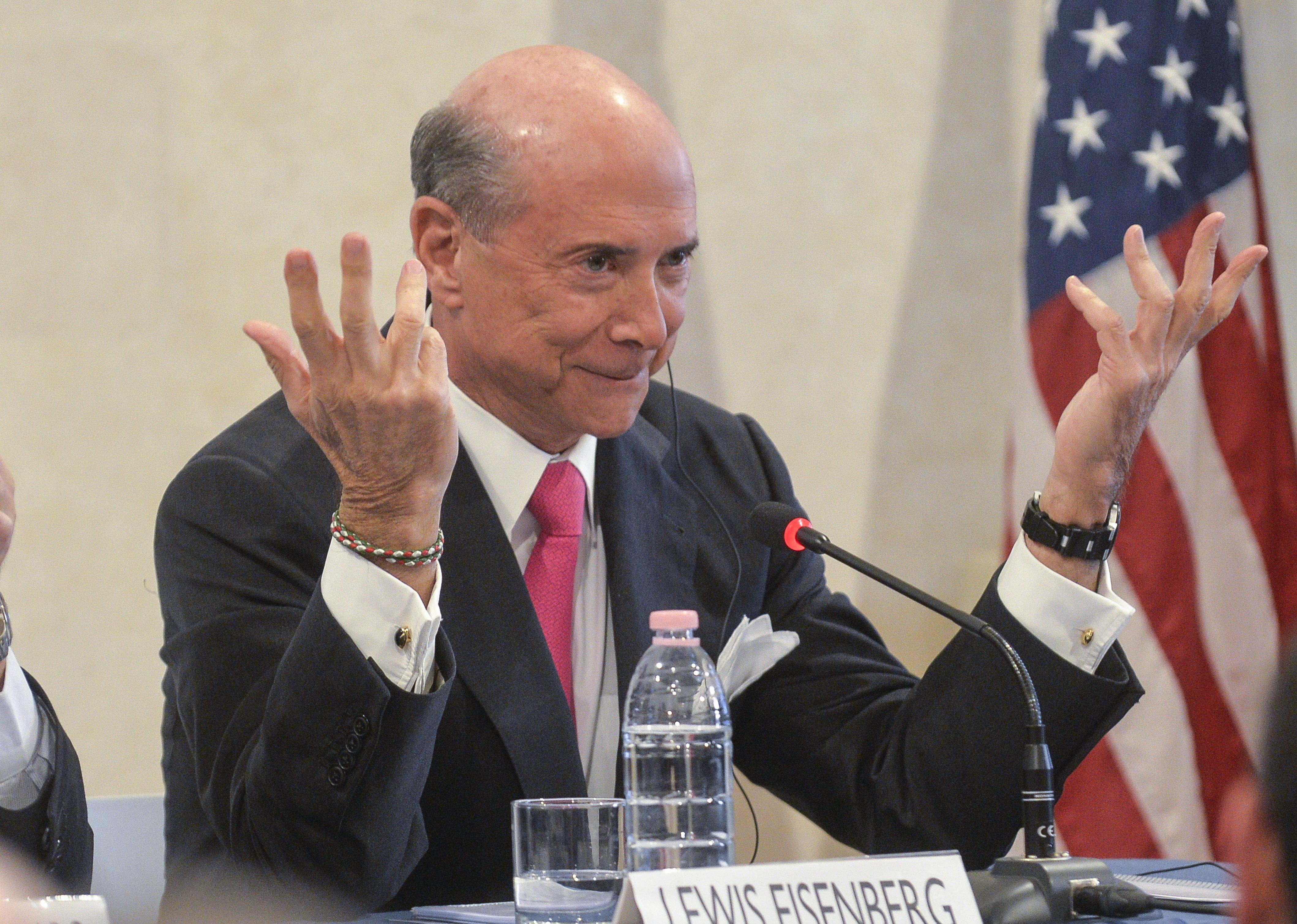 Pericolo Cina. Monito all'Italia dall'ambasciatore Eisenberg