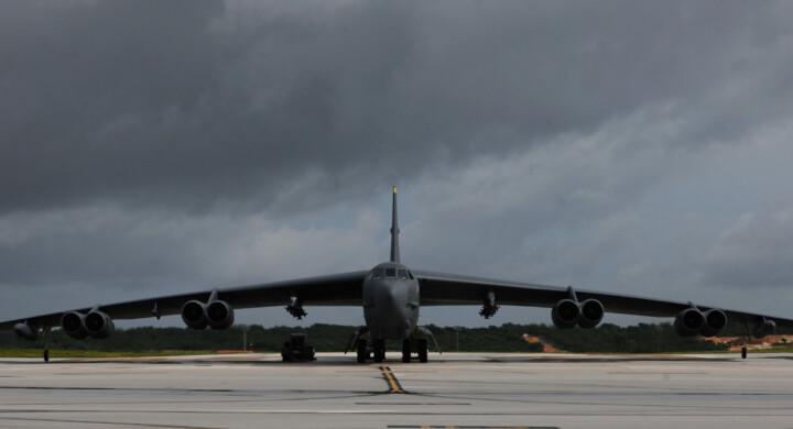 B-52 Usa nel Golfo. Timori di rappresaglie dall'Iran