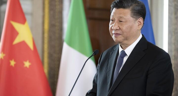 """Non è una regione per bambini. La strategia di Pechino per fare """"sparire"""" gli uiguri"""