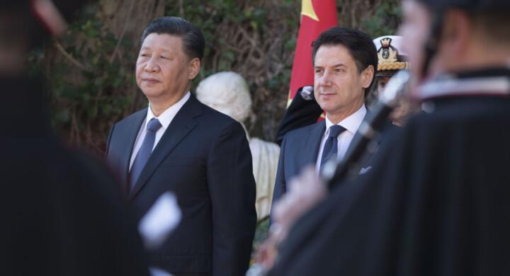 La Cina ci ama. E dice che il Coronavirus è nato in Italia. Leggere per credere
