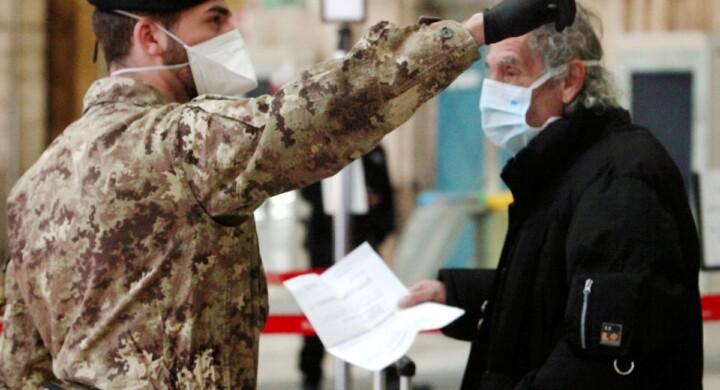 Mascherine, respiratori e disinfettanti. Ecco cosa farà l'industria della Difesa