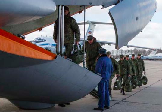 Dalla Russia con amore, Putin invia gli aiuti in Italia. Con un mistero…
