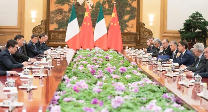 Dalla Via della Seta al coronavirus. Ecco chi rilancia la propaganda cinese in Italia