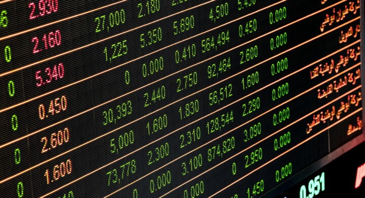 Il virus cambia i mercati. Pennisi spiega come