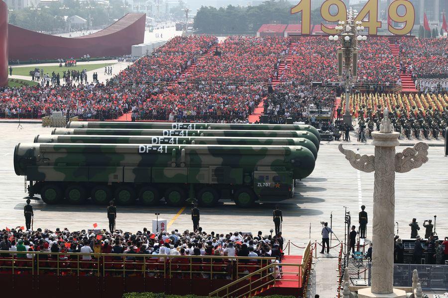 Portaerei e missili. Così è cresciuta (parzialmente) la forza militare della Cina