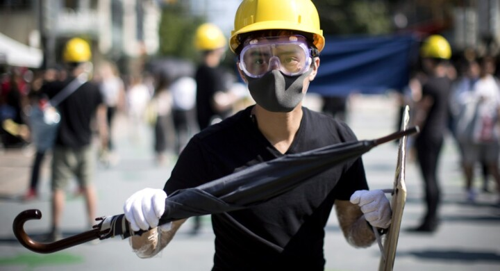 Hong Kong e l'Italia. Guai a sottovalutare il rischio guerra fredda. Scrive Cabras (M5S)