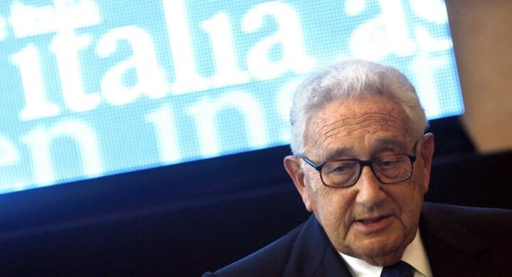 Il nuovo ordine mondiale dopo il Covid-19. Parola a Henry Kissinger
