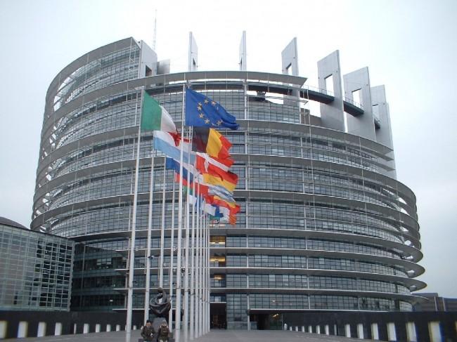 L'Ue alla ricerca di una strategia. La proposta di Petrelli per il Vecchio continente