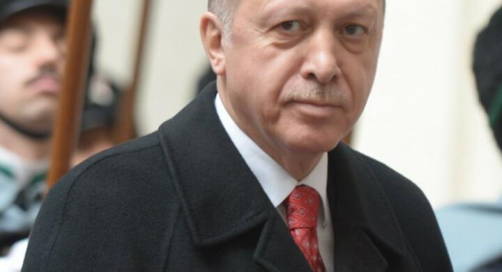 Russia e Grecia, i banchi di prova per Erdogan e il Mediterraneo
