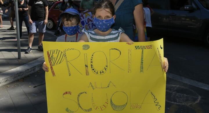 Così il Coronavirus (e non solo) colpisce la scuola e il diritto all'educazione