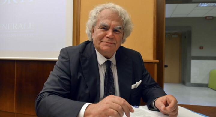 Mediobanca ai francesi in cambio del Recovery fund? Parla Carlo Pelanda