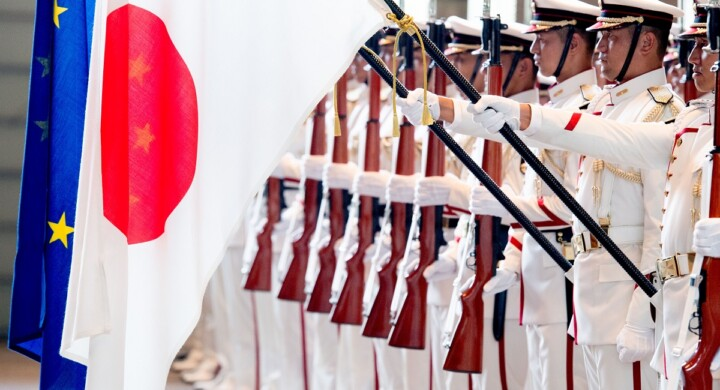 Missili e cacciatorpedinieri, così il Giappone continua il riarmo strategico