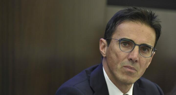 La recessione si batte col risparmio. Parla Mario Turco (M5S)