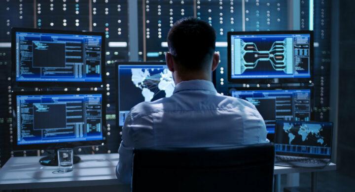 Cyber-attacco all'America. Anche l'Italia alza le barriere