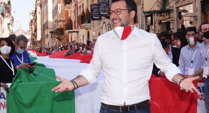 Huawei, 5G e Covid-19, difendiamo l'Italia dalla Cina. Intervista a Matteo Salvini