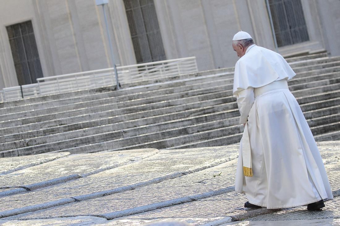 Il papa, i profughi e i racconti semplificati. La riflessione di Cristiano