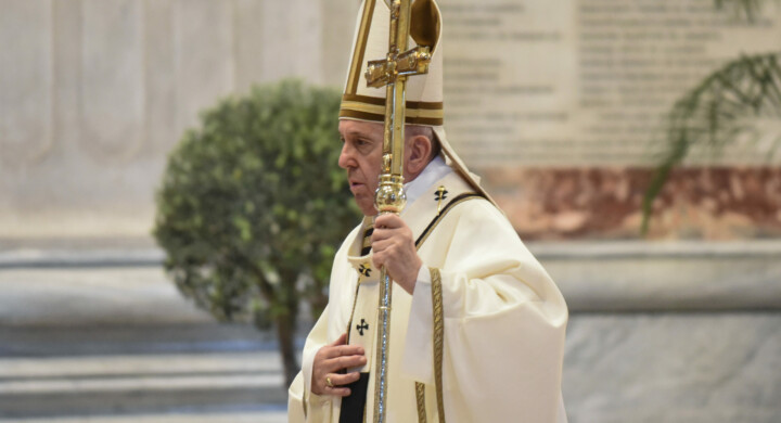 Il papa, l'Angelus e gli sforzi per superare i conflitti. L'analisi di Cristiano