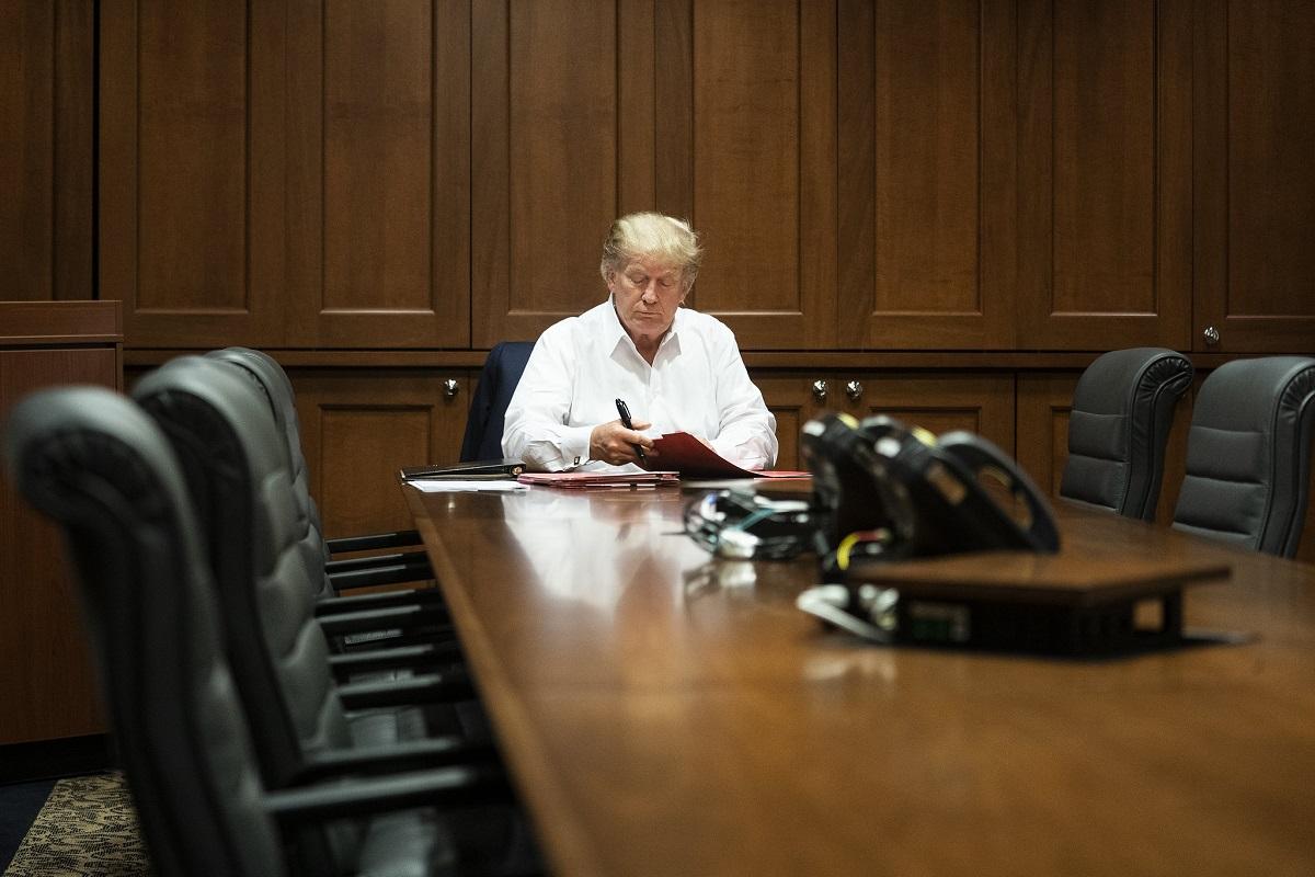 Dall'Iran all'Afghanistan, tutte le mine di Trump per Biden