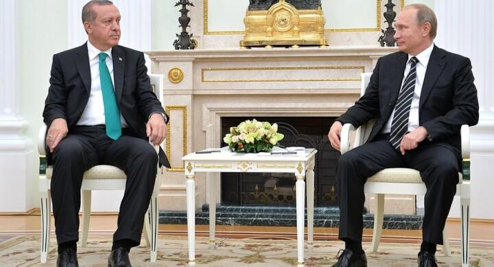 Putin, Erdogan e Macron. Ecco gli interessi in gioco sul Nagorno Karabakh