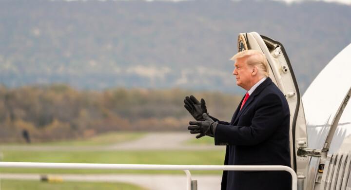 Addio Trump. Il dissenso di diplomatici, intelligence e apparati