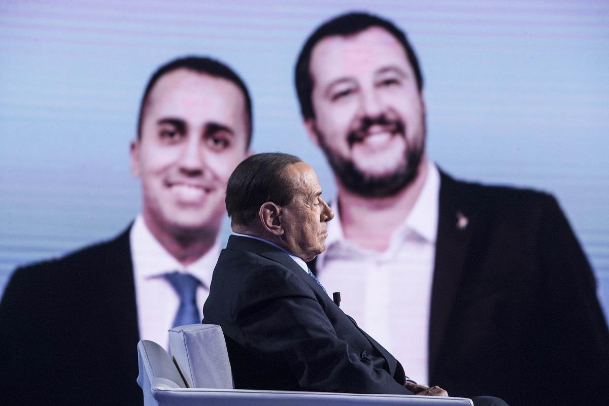 Berlusconi, il sasso e lo stagno del centrodestra. La bussola di Ocone