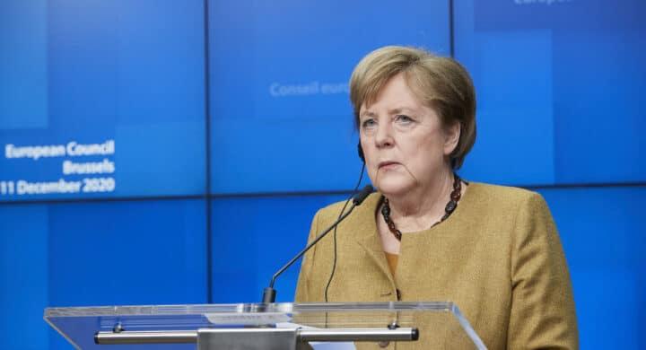 L'accordo fra Ue e Cina, lo zampino della Merkel e chi dice no (anche in tedesco)