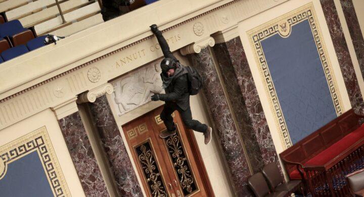 Capitol Hill, la lezione Usa in casa italica