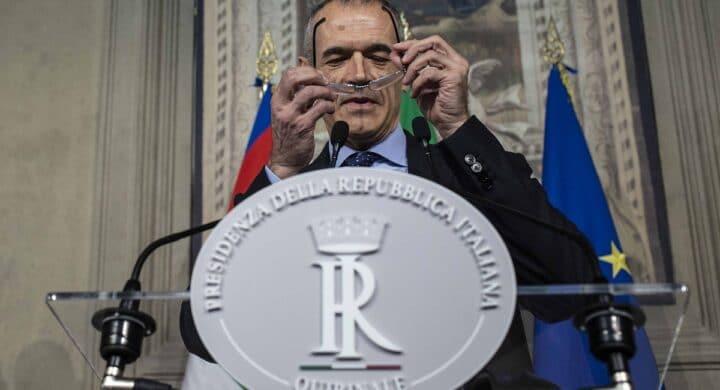 Cottarelli primo, Renzi insegue. La crisi viaggia su Twitter nel report Utopia