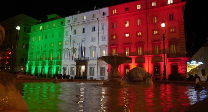 Direttori, senatori e manovratori: il retroscena di Giannini su Conte fa infuriare i renziani