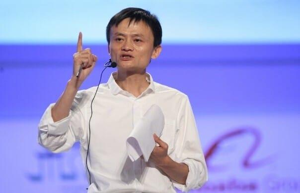 La Cina vuole schedare 500 milioni di clienti di Jack Ma. Lui si oppone