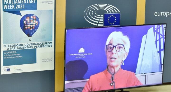 Dal bazooka di Draghi allo schermo di Lagarde. Che cita gli scout
