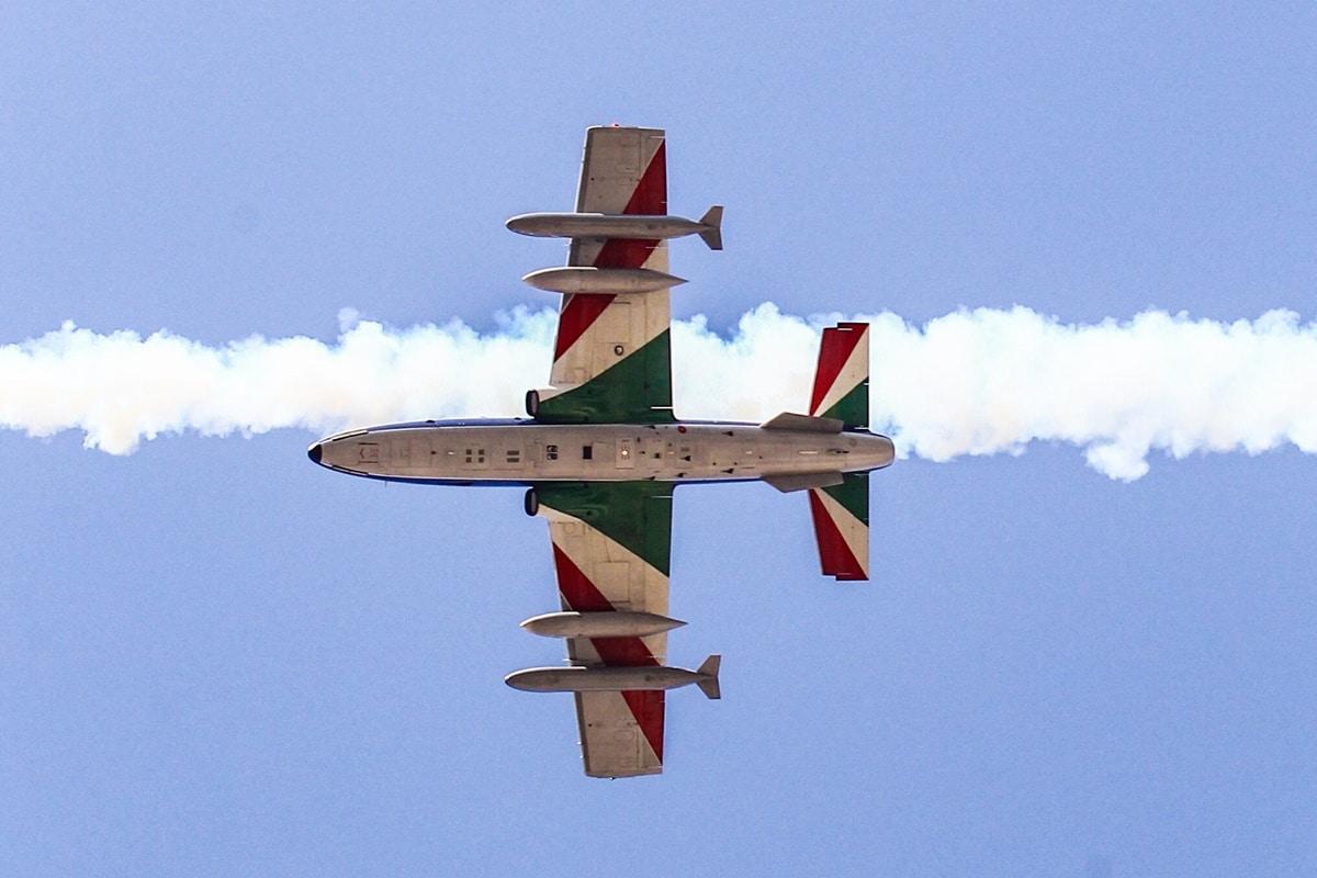 Frecce Tricolori su Roma, lo spettacolo dell'Aeronautica Militare. Le foto  - Formiche.net