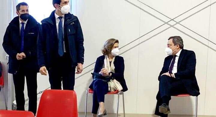 AstraZeneca bloccato di nuovo (in Germania), mentre Draghi…