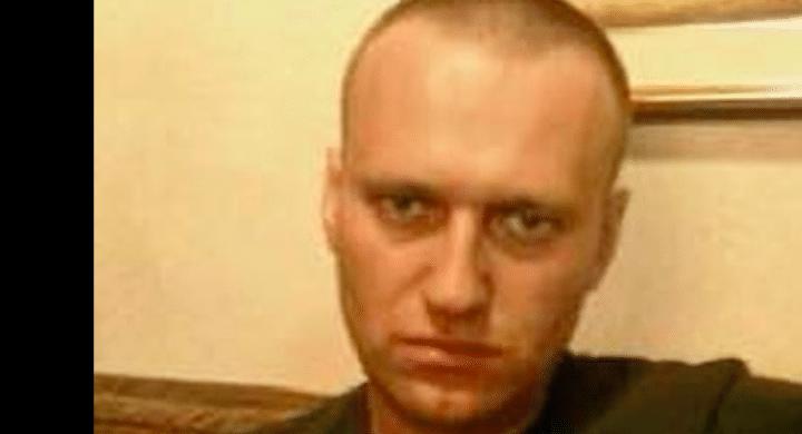 """Come si vive nel carcere IK-2 dell'""""assassino"""" Putin. Diario di Navalny"""
