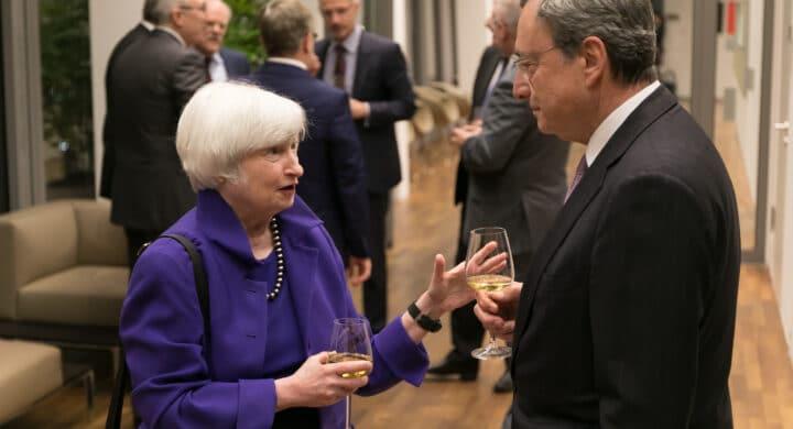 Tassa globale sui profitti? L'Italia sarà al fianco degli Usa. Parla Visco