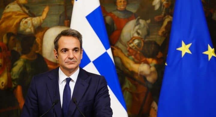 Non solo Draghi. Ecco perché a Tripoli c'è anche il premier greco Mitsotakis