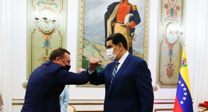 La Russia stringe il legame con Maduro. Tutti gli accordi