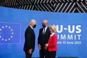 Tutte le intese tra Biden, Michel e von der Leyen. Le foto del vertice Ue-Usa