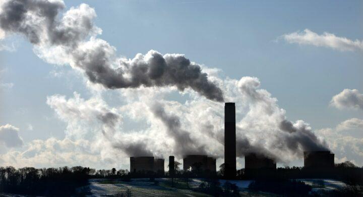 Cos'è e come funzionerà Cbam, la carbon tax europea